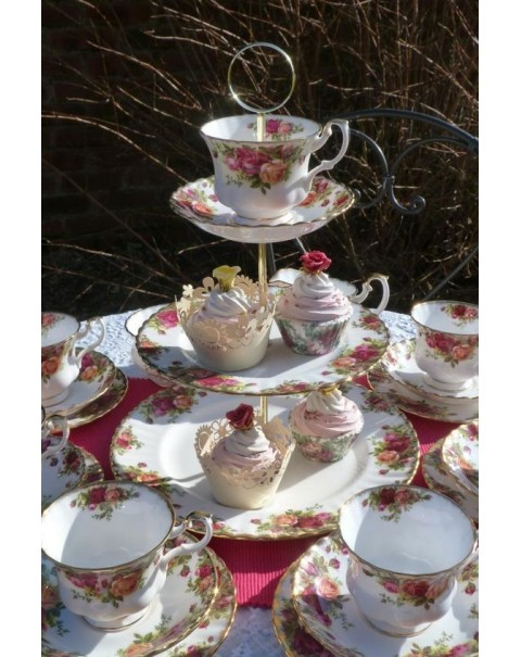 (SOLD) CAKE STAND TEA SET OLD COUNTRY ROSES